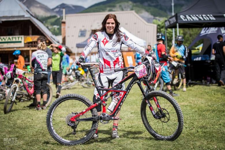 http://enduro-mtb.com/wp-content/uploads/2013/06/Anneke-Beerten-Specialized-Factor-Racing-Enduro-World-Series-780x520.jpg