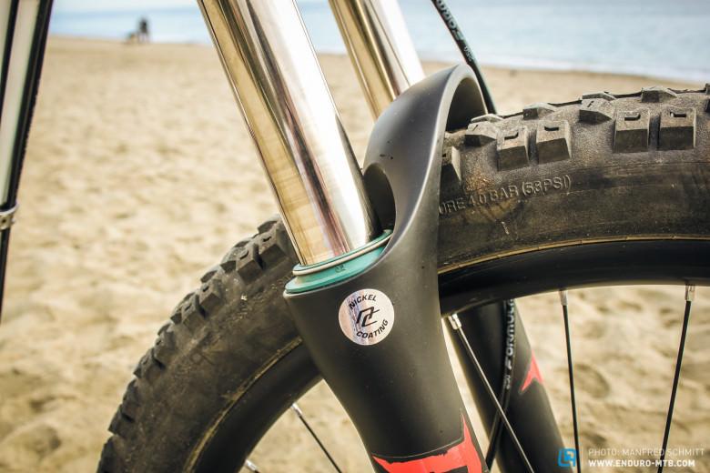 Блог компании Триал-Спорт: GT Force Carbon Expert - новый байк Cecil Ravanel в деталях