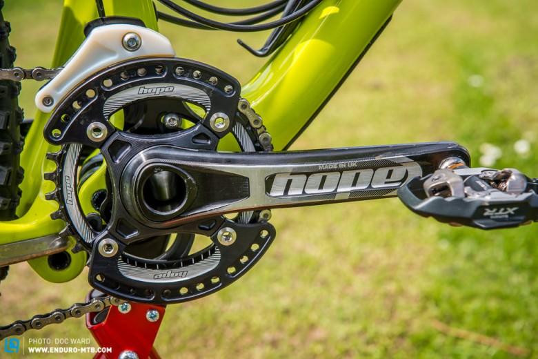 We are told that the new cranks are not far off release.  They are an early prototype!